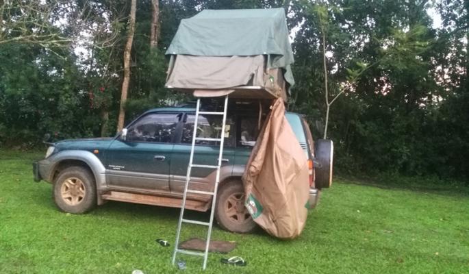 Toyota Land Cruiser with single tent in Burundi
